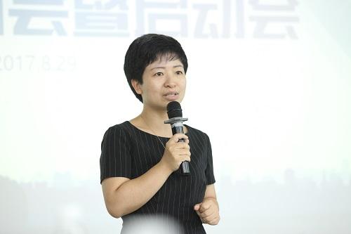 宜信财富私募股权投资母基金管理合伙人廖俊霞致辞.jpg