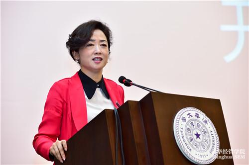 2清华经管EMBA教育中心主任 贾莉老师.jpg